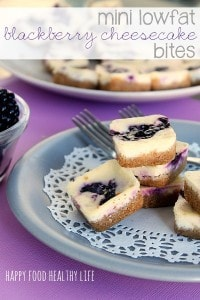 Mini Blackberry Cheesecake Bites ... Whether you have fresh or frozen blackberries, this is the perfect way to use them up. Sweet little morsels of deliciousness that you won't feel guilty about // Happy Food Healthy Life #lowfat #dessert #berries