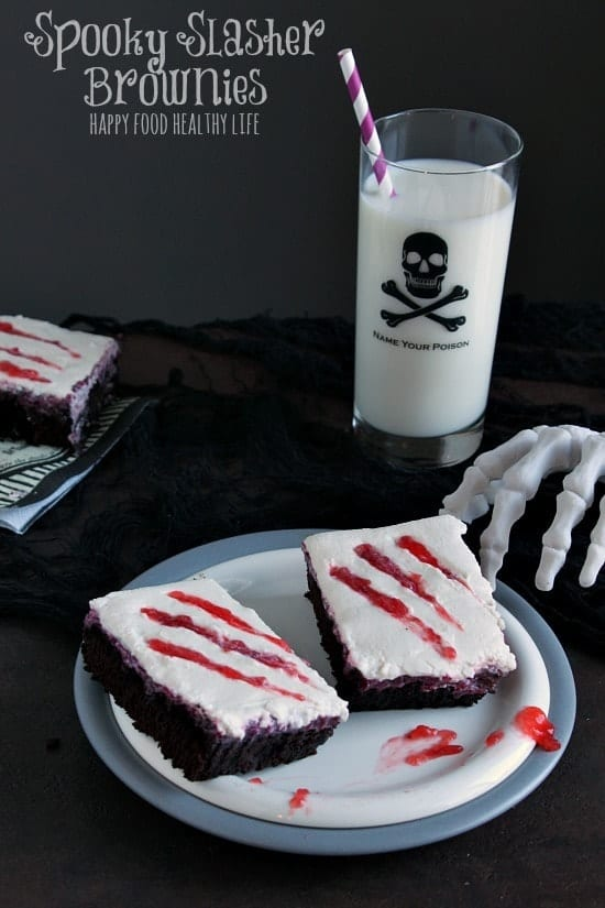 Spooky Slasher Brownies. A Spooky Halloween treat with no dyes or artificial coloring! // Happy Food Healthy Life