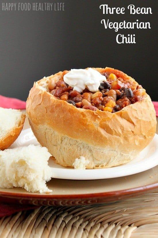 Tried and True Three-Bean Vegetarian Chili // www.HappyFoodHealthyLife.com