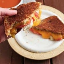 Copycat Zupas Ultimate Grilled Cheese www.happyfoodhealthylife.com