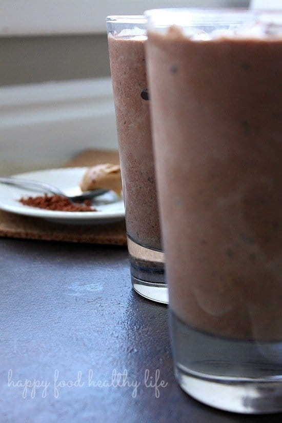 Healthy Peanut Butter Cup Smoothie from www.happyfoodhealthylife.com