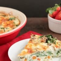 Crustless Egg-White Quiche. A satisfying breakfast, brunch, or even dinner. Super Healthy. Super Yummy! You won't even miss the yolk or the crust in this quiche! www.happyfoodhealthylife.com