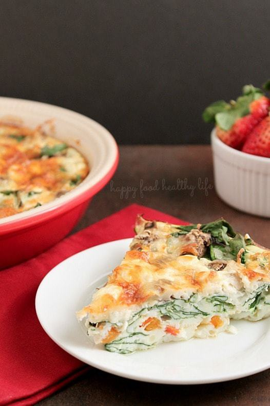 Crustless Egg White Quiche. A satisfying breakfast, brunch, or even dinner. Super Healthy. Super Yummy! You won't even miss the yolk or the crust in this quiche! www.happyfoodhealthylife.com