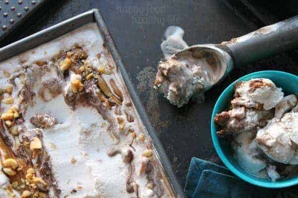 """Peanutty Coconut Vanilla Ice Cream with Fudge Ripple - The Best Non-Dairy ice """"cream"""" I've ever had, with my favorite chocolate and peanut butter mix-ins ever! www.happyfoodhealthylife.com #nondairy #icecream"""
