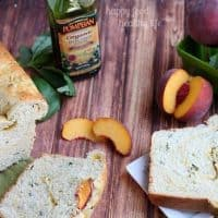 Basil Bread with Peach Swirl - Savory meets sweet in this deliciously fresh combination. Two of your favorite farmer's market finds in one bread! www.happyfoodhealthylife.com