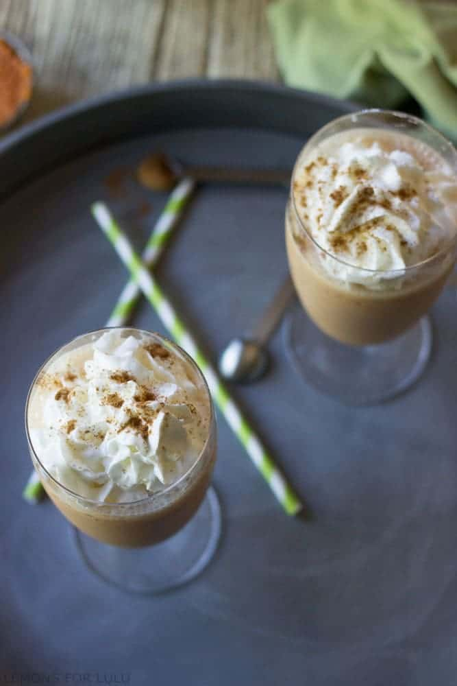 Pumpkin-Pie-Spice-Latte-Smoothie-lemonsforlulu.com-4