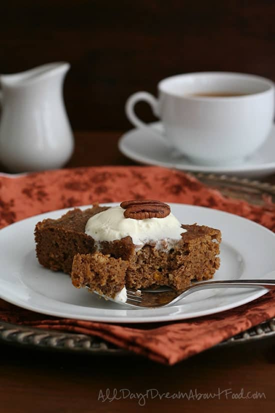 Slow-Cooker-Pumpkin-Cake-3