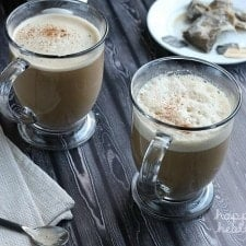 Dirty Dirty Chai (vegan) - Find out what makes this hot drink EXTRA dirty! | www.happyfoodhealthylife.com
