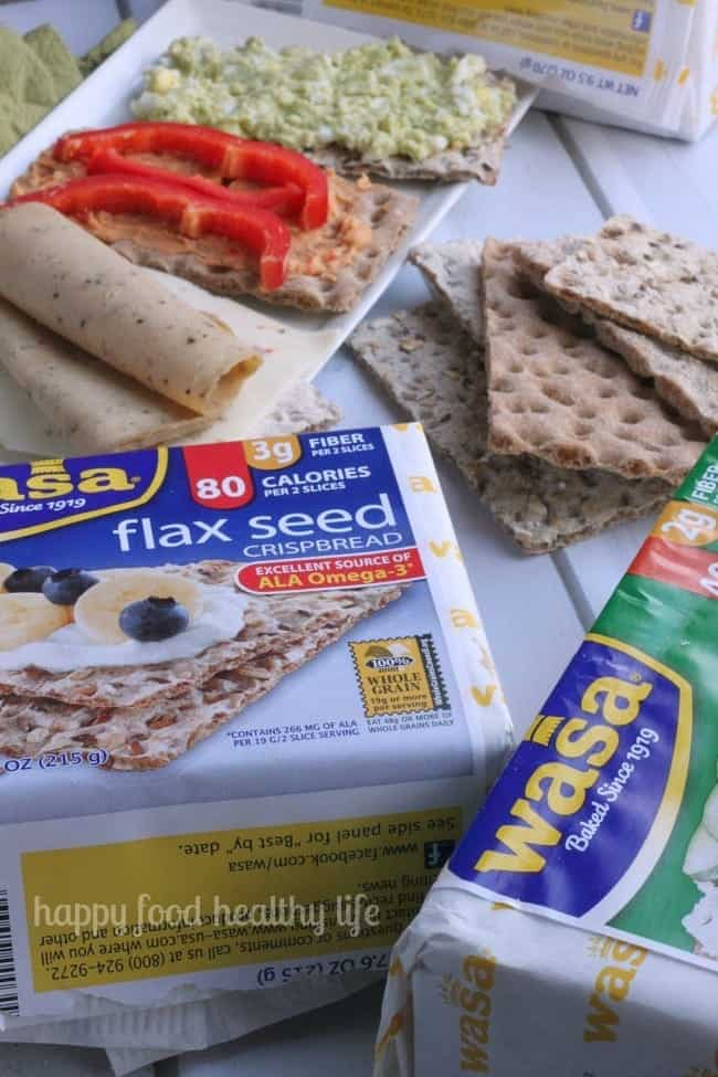 Healthy Crispbread Snack Ideas - how many ways do you think you can top yours? | www.happyfoodhealthylife.com