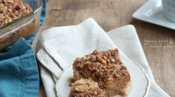Whole Wheat Cinnamon Coffee Cake - perfect for brunch and full of whole ingredients, but so delicious you can't even tell it's healthy! | www.happyfoodhealthylife.com