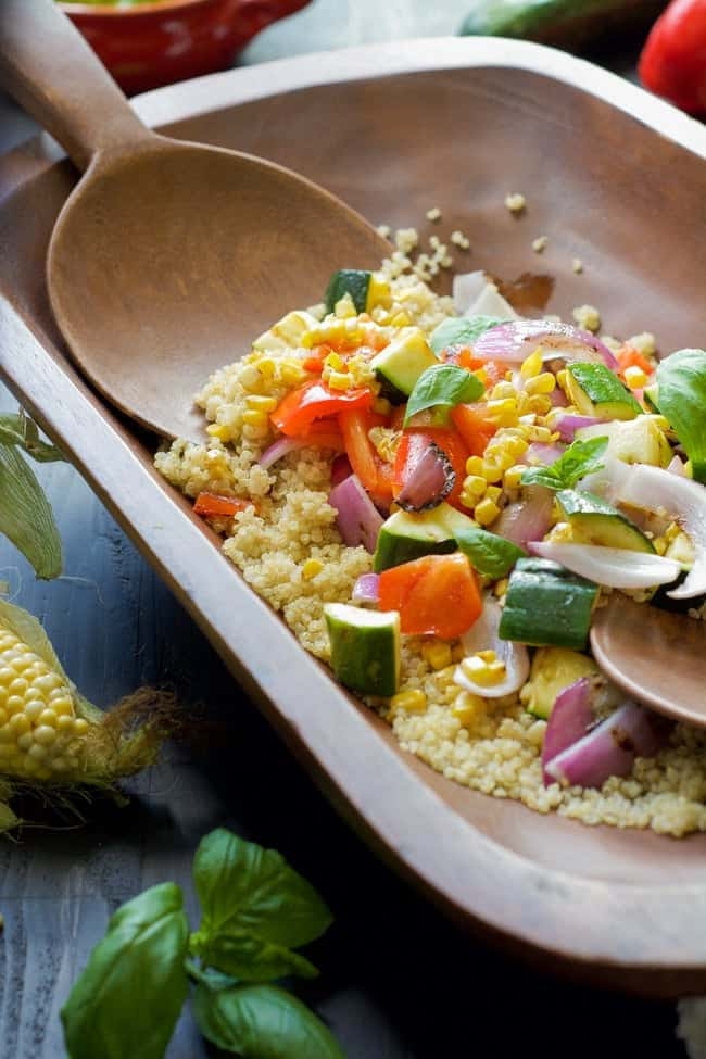 Grilled-Summer-Vegetable-Quinoa-Salad-with-Lemon-Basil-Vinaigrette_-7