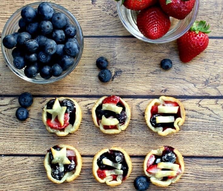 patriotic-easy-mini-berry-tarts
