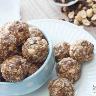 Chocolate Peanut Butter No-Bake Granola Bar Bites