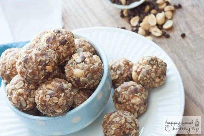Chocolate Peanut Butter No-Bake Granola Bar Bites