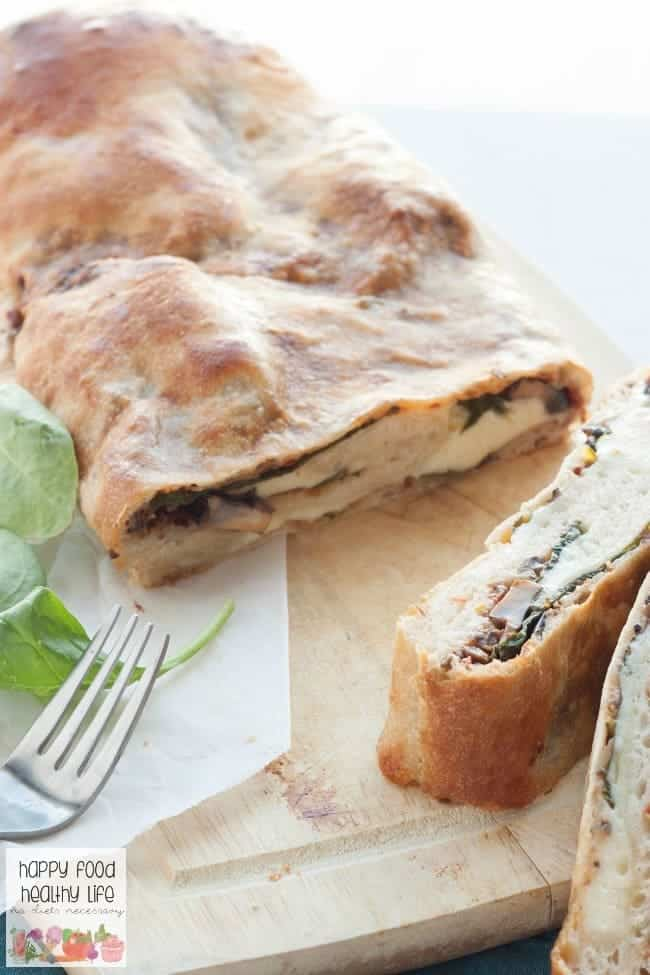Cheesy & Comforting Vegetarian Stromboli - This quick and easy dinner comes together in no time and is perfect for any night you want to go meatless