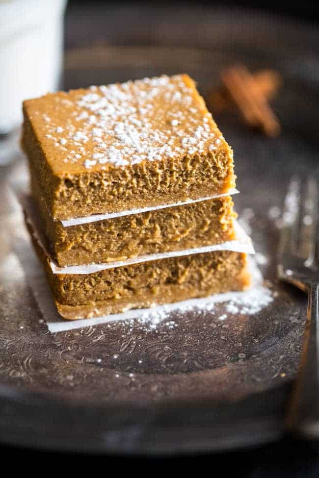 healthy-gluten-free-pumpkin-cheesecake-bar-photo