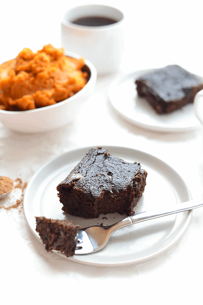 paleo-pumpkin-brownies