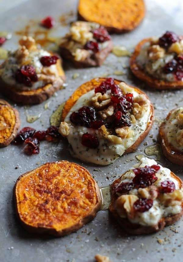 sweet_potato_rounds_with_herbed_ricotta_and_walnuts_3