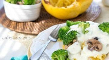 Creamy Vegan Alfredo Spaghetti Squash