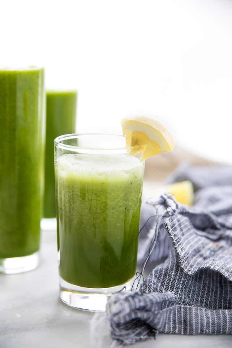 Cleanse your body from the inside out with this cool and fresh Cucumber Lemonade Cleansing Juice. Just a few ingredients, a couple minutes, and you'll be sipping on a freshness that will allow you to clear your mind and your soul. Click through to find out exactly what those key ingredients are! You probably have them already.