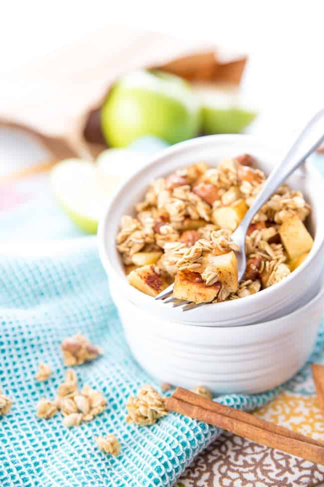 2-Minute Single Serving Apple Crumble - a super quick and healthy snack that tastes just like dessert!