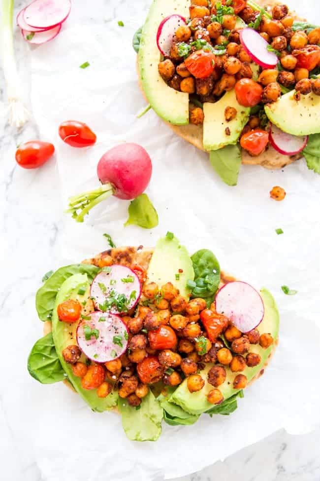 HEALTHY RECIPE | EASY DINNER | VEGETARIAN | VEGAN | MEATLESS | FLATBREAD | DINNER | LUNCH