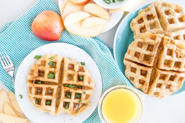 SMOKED GOUDA & APPLE GRILLED CHEESE WAFFLE | BREAKFAST | 3 INGREDIENT | EASY RECIPE | FAST RECIPE | HEALTHY RECIPE | SNACK | LUNCH | DINNER