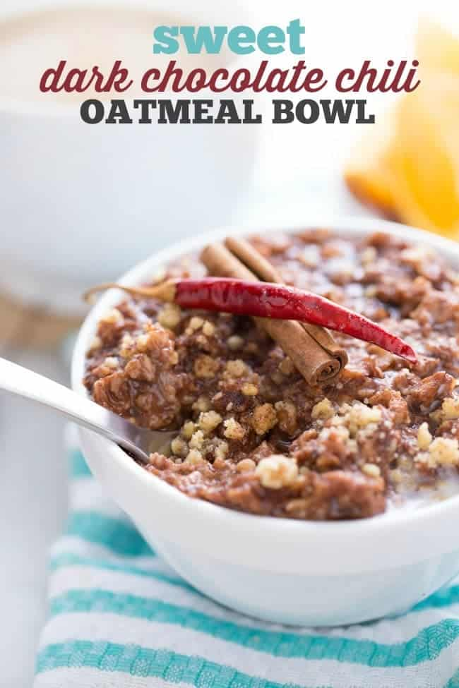 DARK CHOCOLATE CHILI OATMEAL BOWL | BREAKFAST | VEGAN | VEGETARIAN | HEALTHY RECIPE