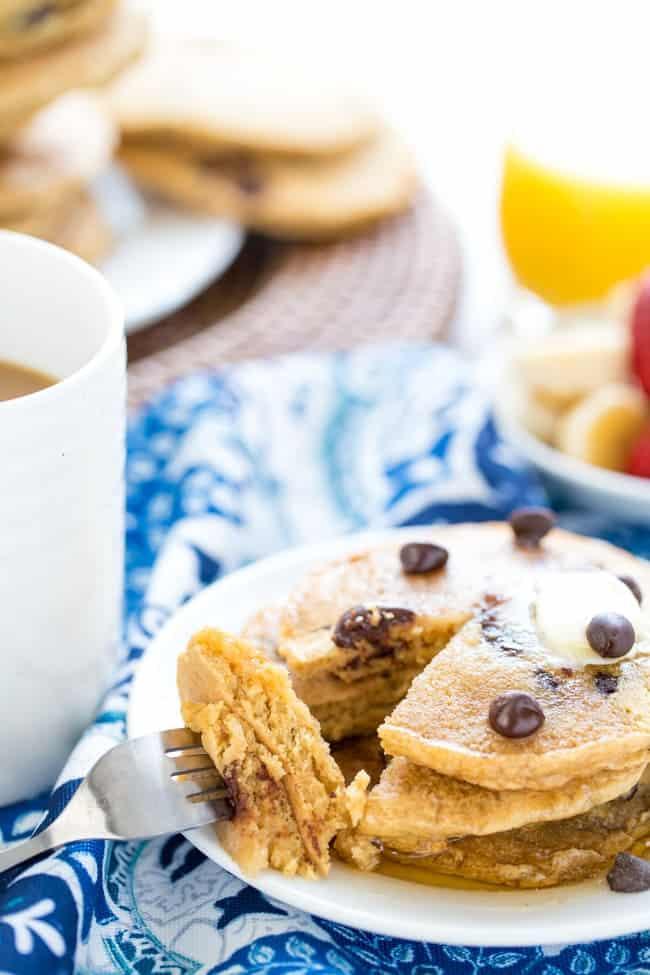 VEGAN WHOLE WHEAT CHOCOLATE CHIP PANCAKES   BREAKFAST   HEALTHY RECIPE   BRUNCH   PANCAKES   KID-FRIENDLY