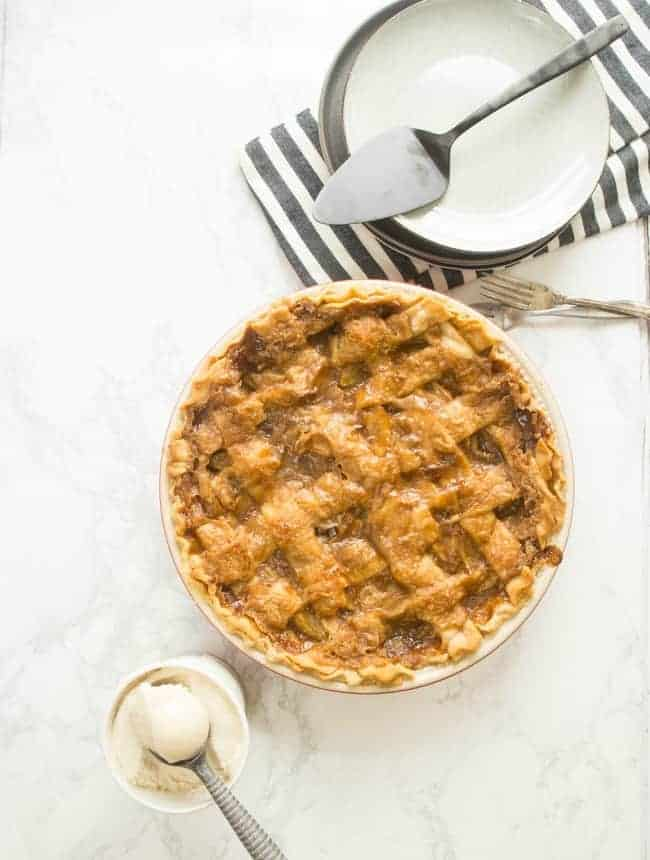 VEGAN APPLE PIE | CARAMEL APPLE PIE | DESSERT | THANKSGIVING