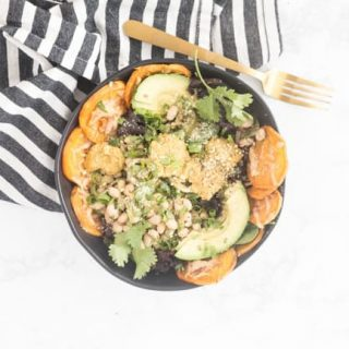 Craving Sweet Potato Nachos but wanna keep your health game in check? These SWEET POTATO NACHOS SALAD BOWLS were made for you.