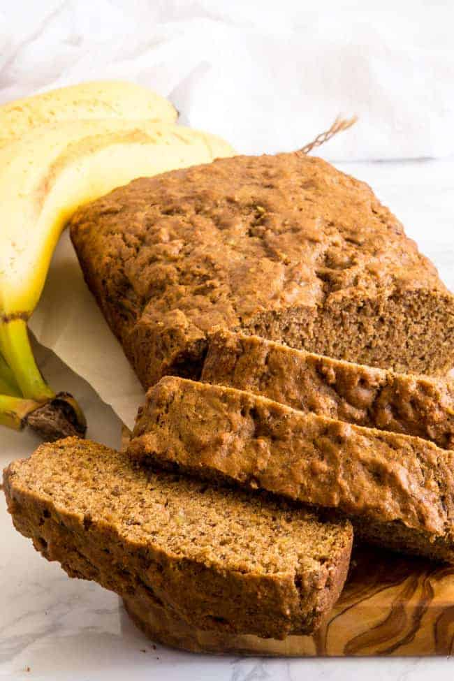 VEGAN BANANA BREAD RECIPE - This healthy version has no hint of a healthy flavor and will take you back to your childhood.