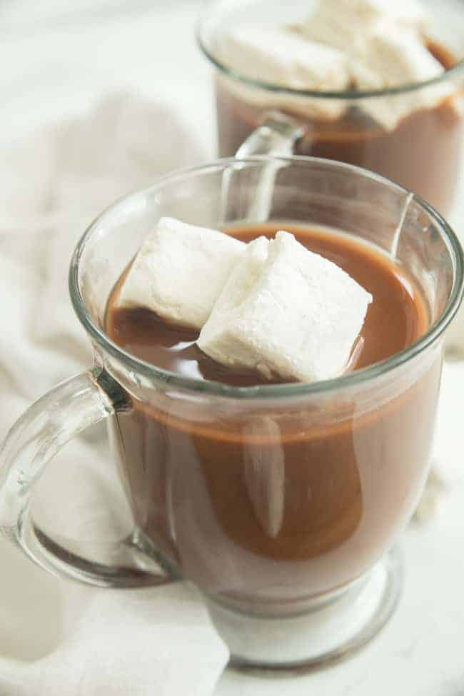 Vegan Marshmallow recipe to brighten up any mug of hot cocoa