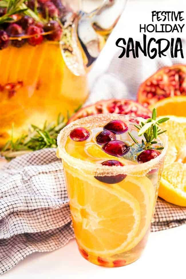 HOLIDAY SANGRIA RECIPE | CHRISTMAS PARTIES ARE NOT COMPLETE WITHOUT A PITCHER OF FESTIVE-NESS MADE | MAKE-AHEAD COCKTAILS