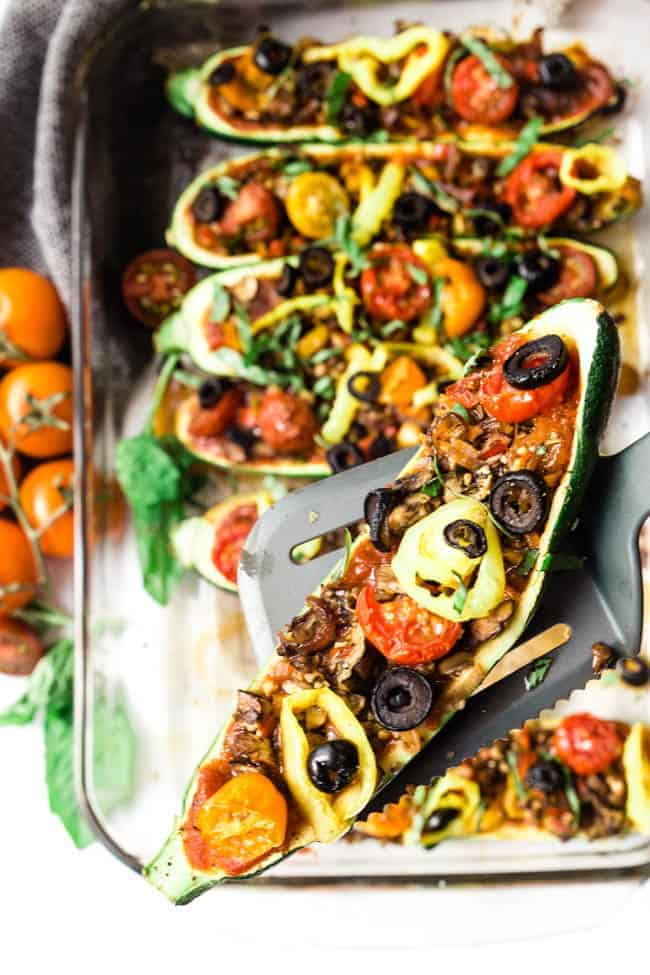 EASY TO SERVE ZUCCHINI BOATS FOR YOUR FAMILY