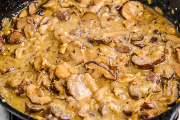 Creamy Vegan Mushroom Stroganoff
