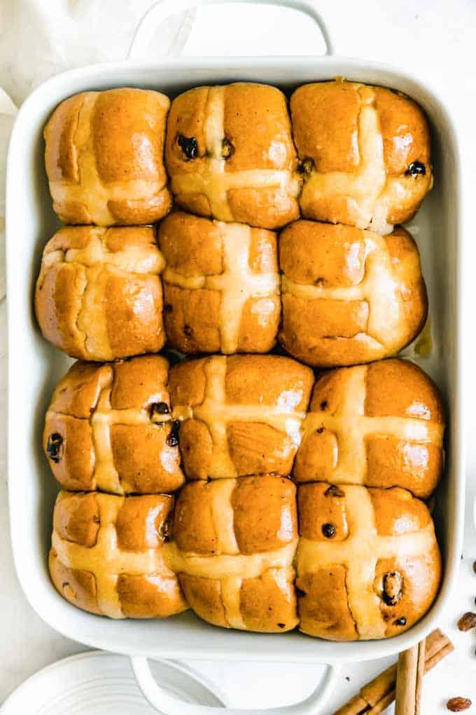 golden vegan hot cross buns