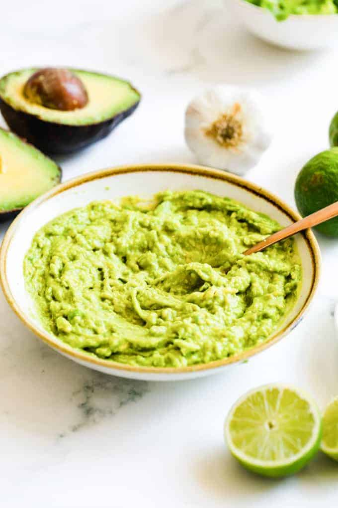 mashed avocado for taco dip