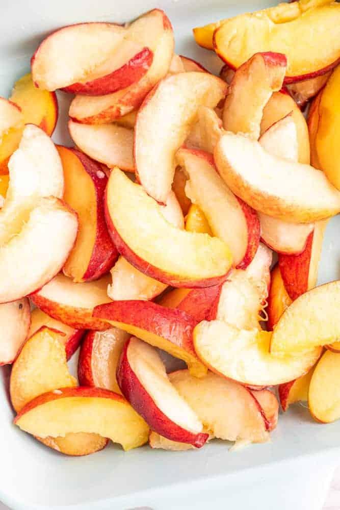 fresh sliced peaches ready for cobbler
