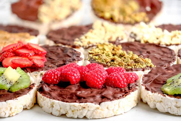 rice cakes topped with fresh fruit