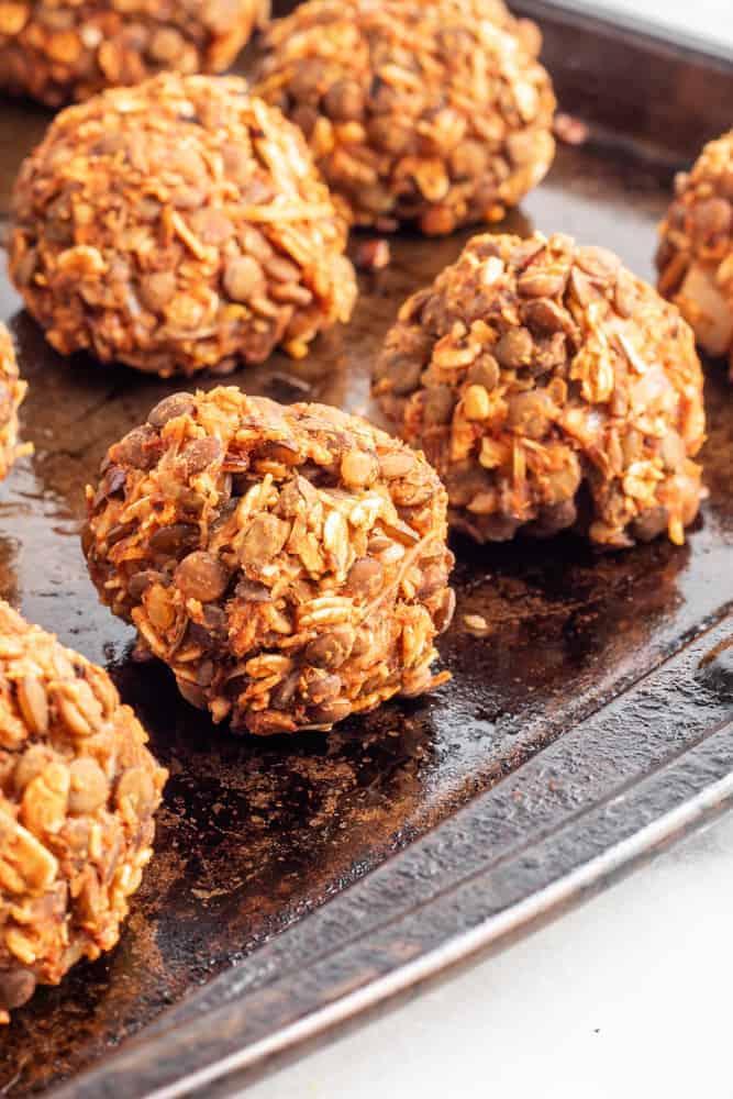 veg meatballs formed into balls